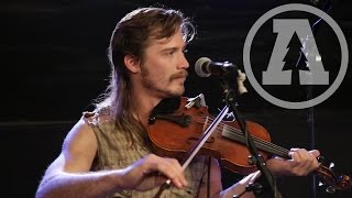 Whiskey Shivers - Friends | Audiotree Live