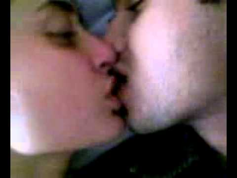 kareena kapoor french kiss