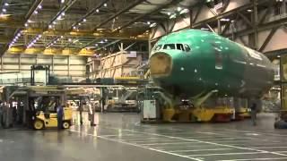 Cборка легендарного Boeing 777 300ER (time lapse)