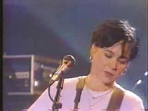 Throwing Muses - Shimmer (live, june 1995)