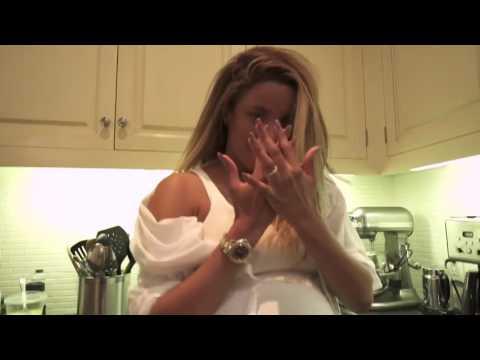 Ciara - I'm Every Woman (Enjoying Pregnancy)