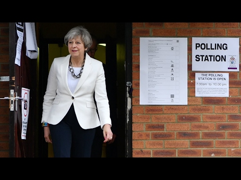 UK - PM May fails to gain majority as Brexit divorce talks with EU loom