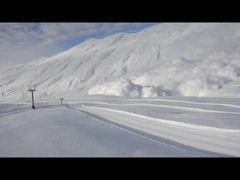 Lawinensprenung: Gratlawine (Belalp VS, Schweiz)