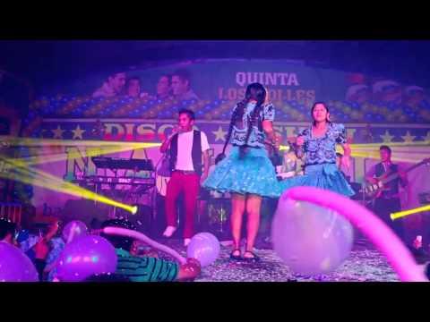 ANDREITA MUÑOZ Y LAS CARIÑOSITAS DE SUCRE - MIX VETE DE MI LADO (EN CONCIERTO 2015)