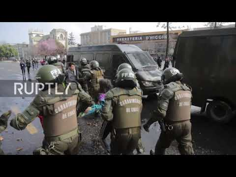 Chile: Drone captures epic clashes during education reform protest