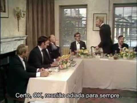 Monty Python Royal Society for Putting Things on top of other things  legendas