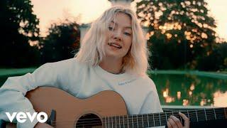 Astrid S - Dance Dance Dance (Acoustic Video)