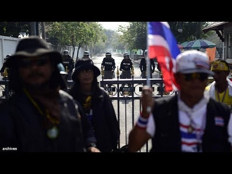 Thai protesters march for electoral reform and to oust PM