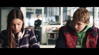 Revolverheld - Das Herz schlägt bis zum Hals (Offizielles Video - Dieses bescheuerte Herz)