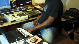 Recording into the MPC2500 & Sampling Chords