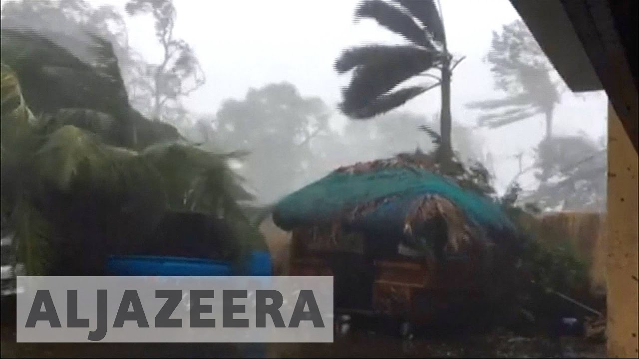 Super Typhoon Haima batters northern Philippines