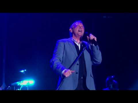 John Farnham - You're the voice (Live Jacobs Well 2018)