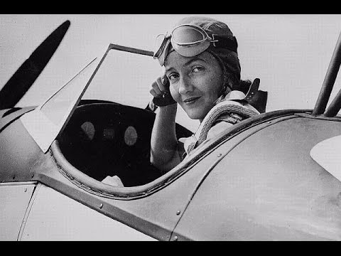 23 HISTORICAL PHOTOS OF BEAUTIFUL FEMALE PILOTS IN THE AIR FORCE