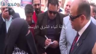بالفيديو: محافظ مطروح ينقل اجتماعات خدمة المواطنين في الشارع