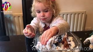 HOMEMADE DIY FAKE SNOW RECIPE & FROZEN PLAY