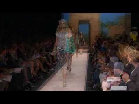 New York Fashion Week: DVF