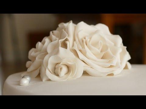 Rosen aus Bltenpaste I Gumpaste Rose Tutorial I Deko fr Motivtorten I Hochzeitstorten  YouTube