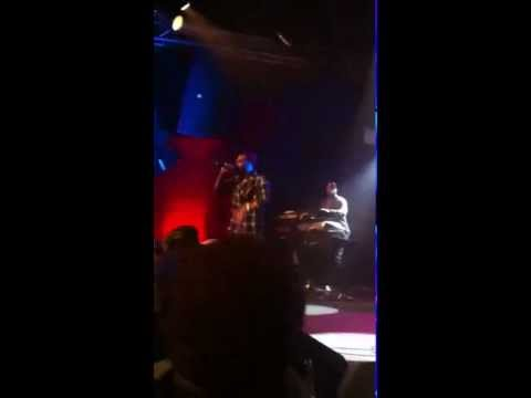The Roots - The Other Side feat Greg P.O.R.N & Bilal [LIVE] | 12-06-2011 @ NYC