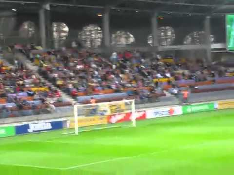 Крутой перфоманс на матче БАТЭ   Дандолк
