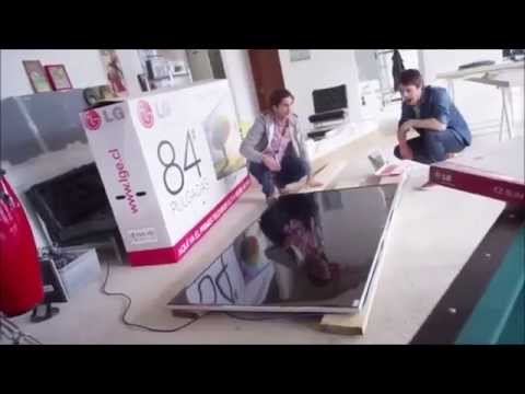 Lg ultra hd tv 4k werbespot meteoriteinschlag prank verarsche reality fake youtube - Ultra high def tv prank ...