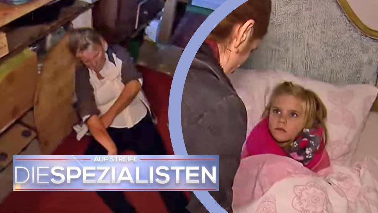 Geisterhaus: Amelie (8) muss Notruf wählen weil Oma schrecklich schreit! | Die Spezialisten | SAT.1