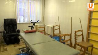 U news  В Уфе создан прокат инвалидных колясок для маломобильных детей(, 2013-12-03T03:57:35.000Z)