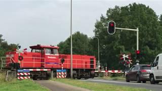 Locatie: europalaan, n740traject: hengelo - zutphensoort: ahobrode lichten: 12bellen: 4bomen: 6andreaskruisen: 4passeren:- db d-loc als llt delden (klk kolb)...