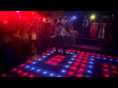 Fiebre De Sábado Por La Noche HD 1977 (4)