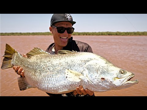 THE HUNT - EP 2 CATCHING BARRA  ( COOKING BARRAMUNDI + HOW TO CAST A THROW NET + RIGS)