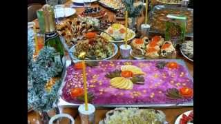Оформление праздничного стола  со свечами-романтика...