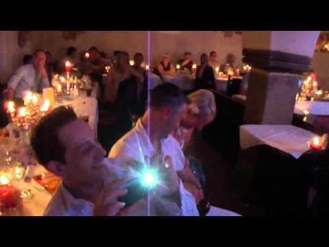 das lustige Hochzeitslied ....!!!! ^^
