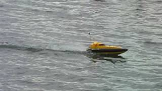 rc boat tracer 02