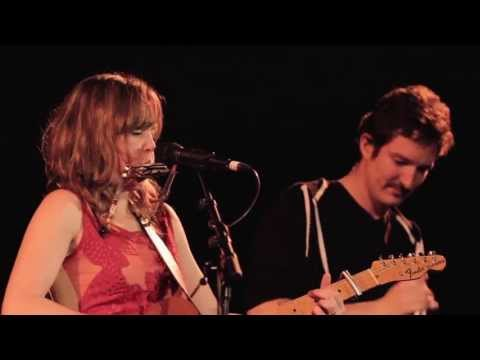 Emily Barker & The Red Clay Halo Ft. Frank Turner - Fields Of June