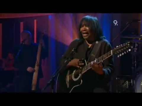 Joan Armatrading   Love And Affection  Jools Holland 2007 with lyrics