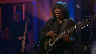 Joan Armatrading   Love And Affection Live Jools Holland 2007 with lyrics