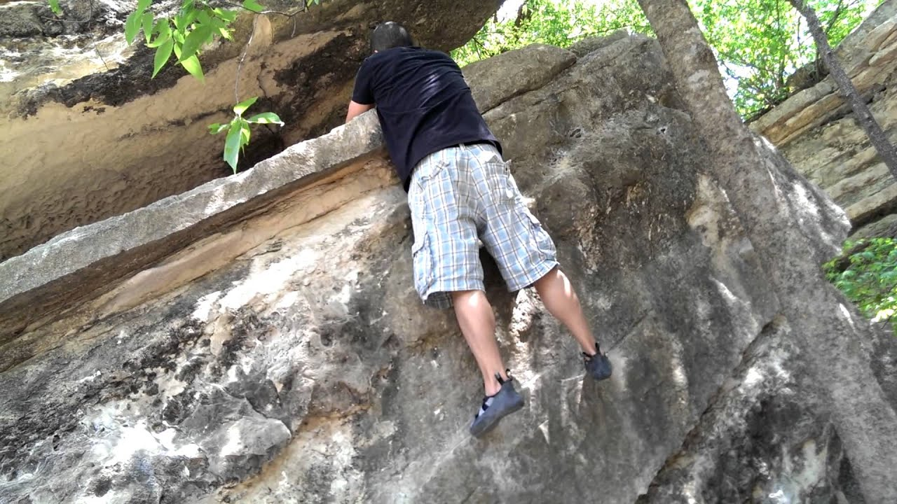 Rock Climbing - Bull Creek V2 - YouTube