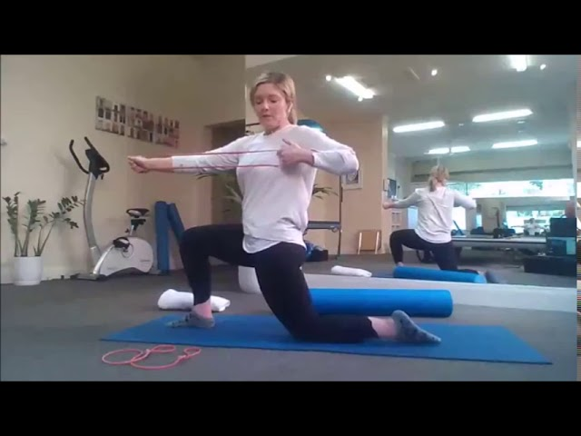 20 mins Pilates Class - Stretch Your Back & Improve Posture