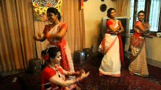 group dance of multiple songs (dhitang dhitang bole,faguner mohonay)