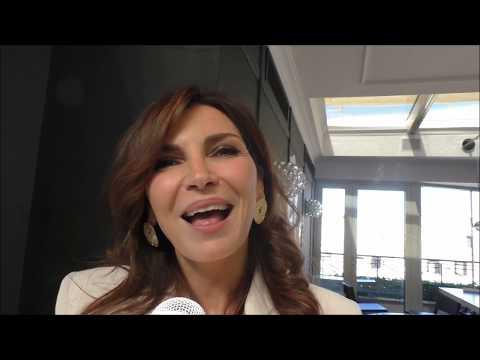 Videointervista a Maria Pia Calzone in Sirene, su SpettacoloMania.it