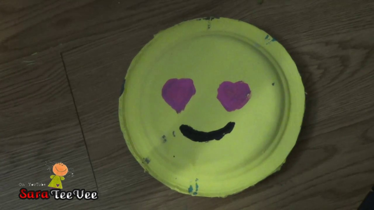 How To Make a COOL Frisbee Out of Paper Plates! & Diy Frisbee!! How To Make a COOL Frisbee Out of Paper Plates! - YouTube