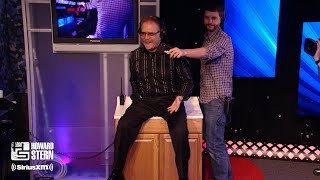 Ronnie Mund Demonstrates How He Washes His Butt in the Sink (2013)
