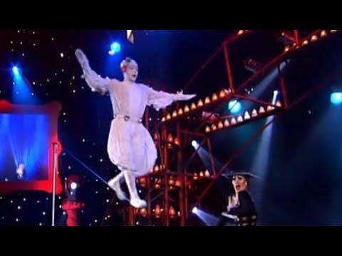 Akhmetzyanovs - Balance act - The world greatest Cabaret
