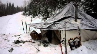 Présentation du campement Tente arctique - CANADALASKA Thumbnail