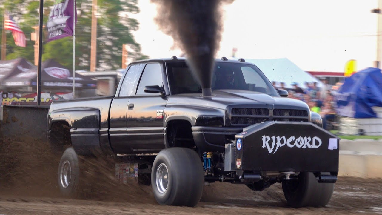 truck/tractor pull 2021 SMFWD/Super Stock Tractors Dragway 42 West Salem Ohio OSTPA Spring Shootout