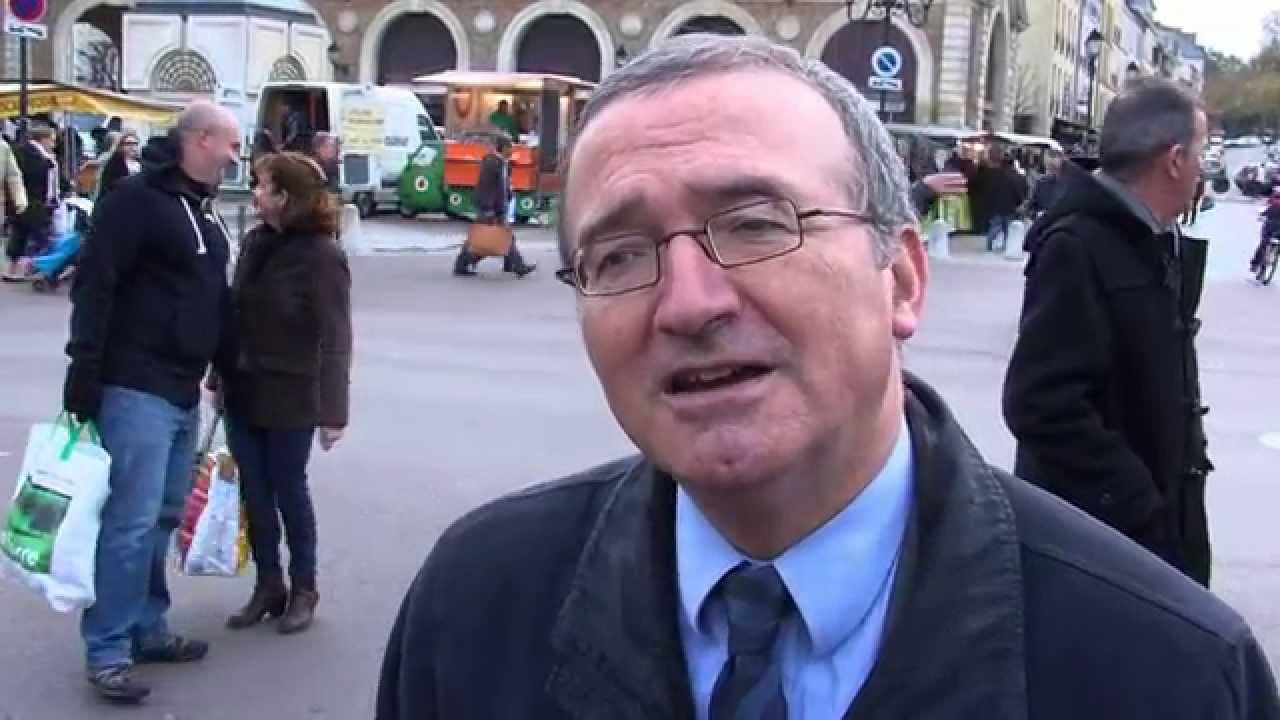 La campagne d'Hervé Mariton pour la présidence de l'UMP passe par Versailles