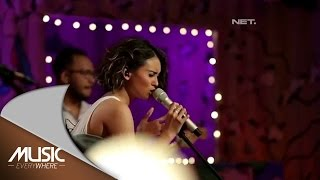 Ayushita - Sehabis Hujan ( Exclusive Song ) (Live at Music Everywhere) *