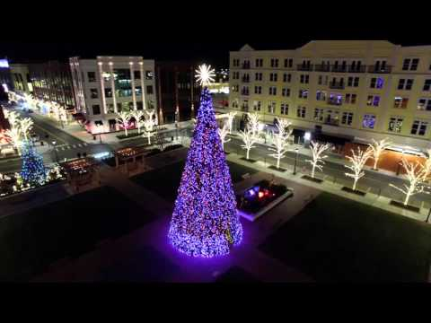 S4 Lights - (S4i Interactive) - 50' Hybrid RGB Tower Tree at Liberty Center in Ohio