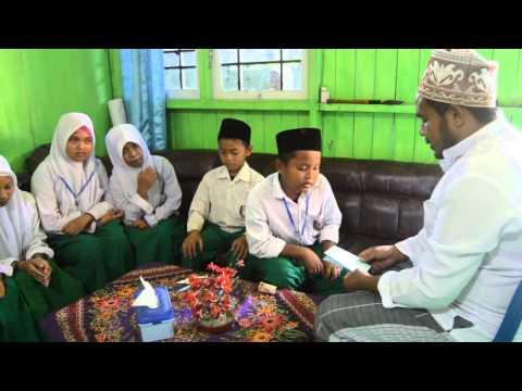 Murid-murid MI syaichona Cholil Samarinda bertawassul dengan shodaqoh produktif