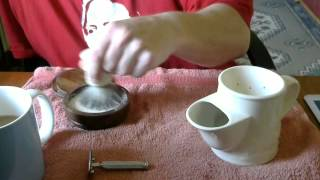 Video How I use a traditional Shaving Scuttle. download MP3, 3GP, MP4, WEBM, AVI, FLV Agustus 2018