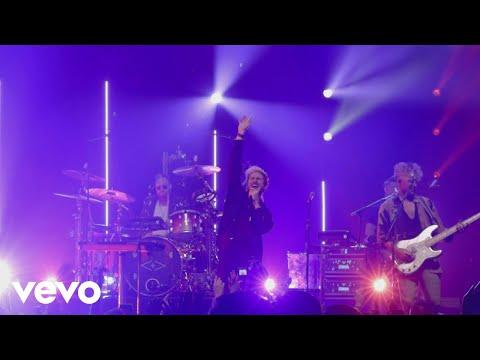 Timebomb (Live )